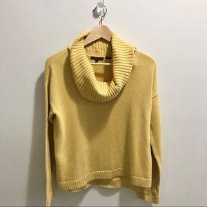 Yellow Jeanne Pierre Sweater sz Small